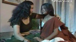 ननंद ने अपनी सेक्सी भाभी का बदन मसाज दिया – हॉट इंडियन बीएफ